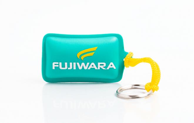 chaveiro-flutuante-emborrachado-fujiwara-ina-brindes