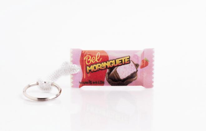 chaveiro-realista-chocolate-moranguete-ina-brindes