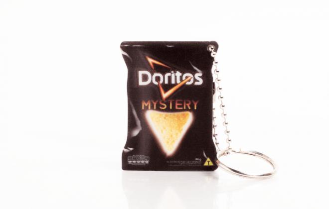chaveiro-realista-doritos-elma-chips-ina-brindes