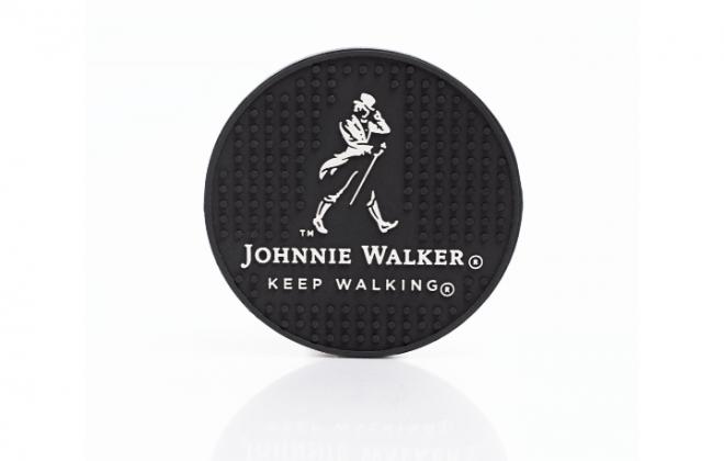 porta-copo-emborrachado-uisque-johnnie-walker-keep-walking-ina-brindes